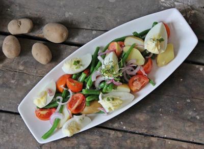 Salad khoai tây đủ chất cho thực đơn giảm cân