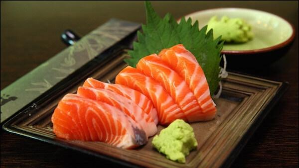 10 thực phẩm bổ sung từ bên trong càng ăn bạn càng trắng!