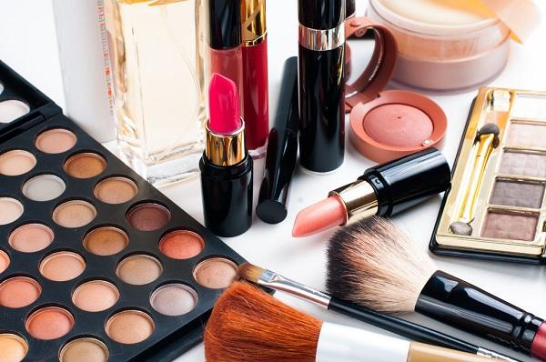 4 thành phần thông dụng nhất trong mỹ phẩm nhưng lại phá hoại làn da của bạn từng ngày
