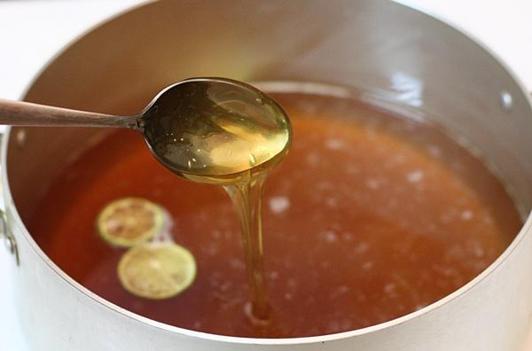 Tự làm thuốc tẩy lông tại nhà chỉ với đường và chanh, tẩy một lần sạch một đời