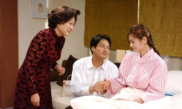 Vợ đột ngột băng huyết không ngừng sau 1 đêm chăm em dâu ốm và sự thật khiến ai cũng nổi da gà