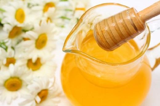 Bí quyết chăm sóc đôi tay xinh bằng mật ong và dưa leo