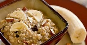Ăn 1 bát cháo chuối vào buổi sáng cho vòng eo thon gọn