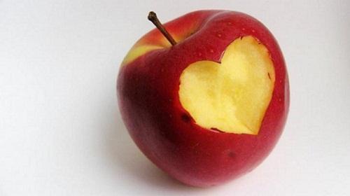 Độc chiêu giảm 7kg trong 2 tuần chỉ với 1 trái táo mà không cần ăn kiêng hay hút mỡ bụng