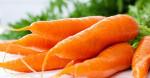 5 công thức mặt nạ trắng da, trị mụn mùa hè đơn giản mà hiệu quả từ cà rốt