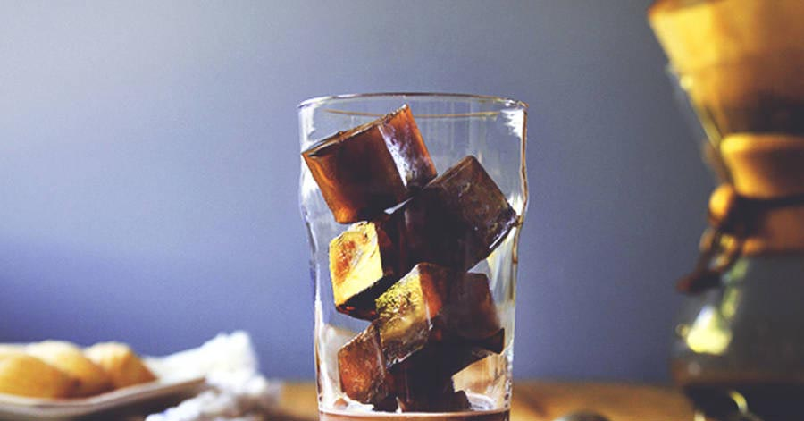 Cafe và sữa đông đá – chà đến đâu da mát lạnh, trắng mịn tới đó