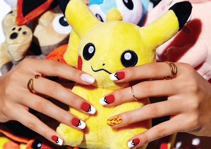 Mẫu móng tay mùa hè tuyệt xinh, bạn gái nào cũng có thể tự sơn tại nhà