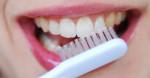 Ngậm thứ này trước khi đi ngủ, mảng bám, cao răng bật ra ngay tức khắc vào sáng hôm sau