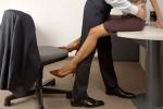 """Mãi vụng trộm xong bỏ quên quần """"chip"""" trong phòng sếp..."""