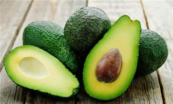 Những thứ bạn nên và tuyệt đối không nên ăn nếu bạn muốn giảm cân