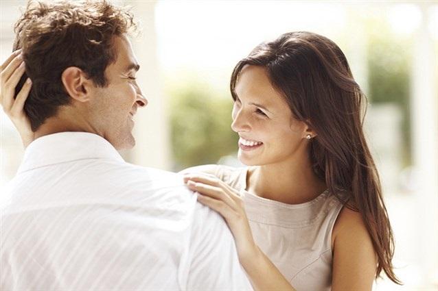 Đàn ông lấy vợ nhất định phải lấy những người phụ nữ nói nhiều
