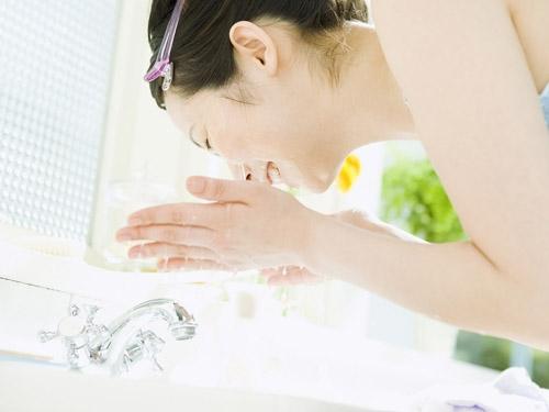 Muốn da sáng mịn như gái Hàn hãy tuân thủ quy trình chăm sóc sau đây
