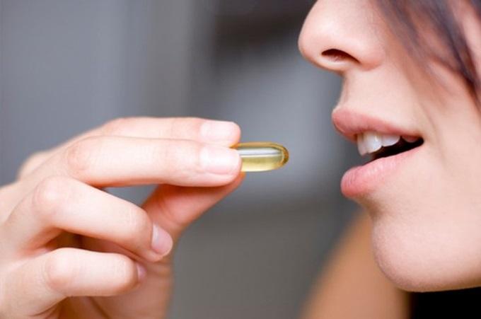 Cách uống và thoa vitamin E chuẩn nhất cho làn da căng sáng, trắng hồng