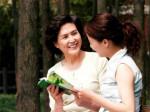 Những tuyệt chiêu cho các nàng dâu để mẹ chồng yêu chiều như con gái