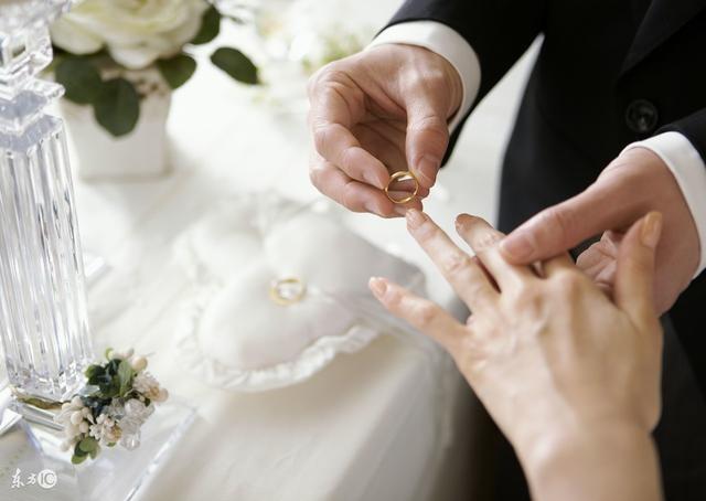 4 lời khuyên của một người đàn ông từng 2 lần ly hôn, biết càng sớm càng tốt