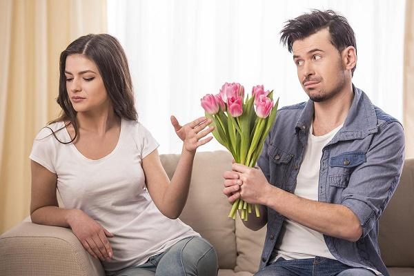 Kết quả hình ảnh cho Vợ hay nóng giận mới là VỢ TỐT,