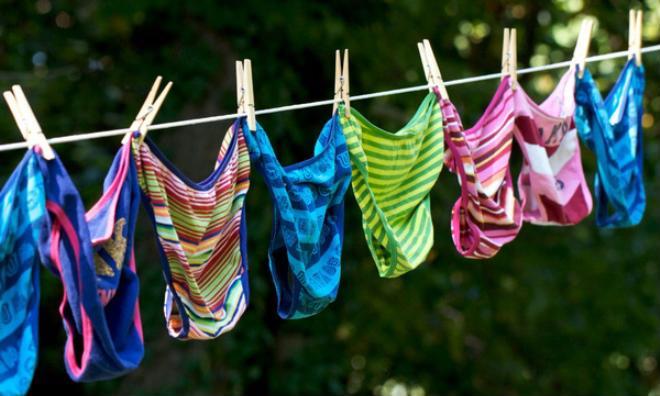 Tránh các bệnh nguy hiểm thậm chí vô sinh thì dừng ngay những sai lầm khi giặt đồ lót này