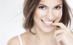 Áp dụng ngay 3 cách làm trắng răng an toàn, hiệu quả, cho hàm răng trắng sáng, đều và đẹp hơn