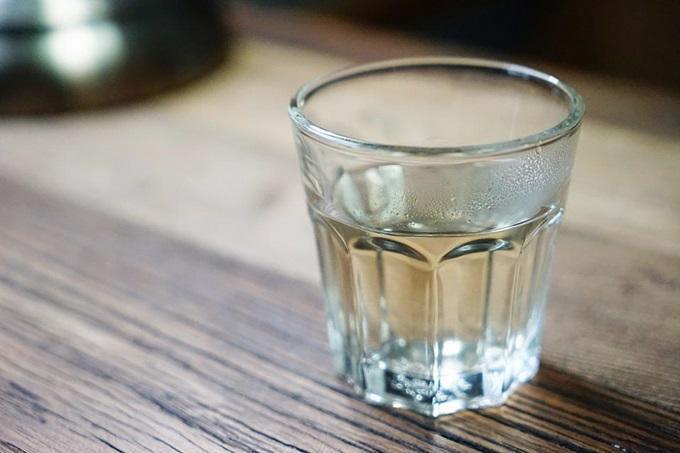 Cứ uống nước vào đúng 4 giờ này, bạn sẽ lên đời nhan sắc mà không cần phẫu thuật, nàng lười nhất định sẽ sướng rơn