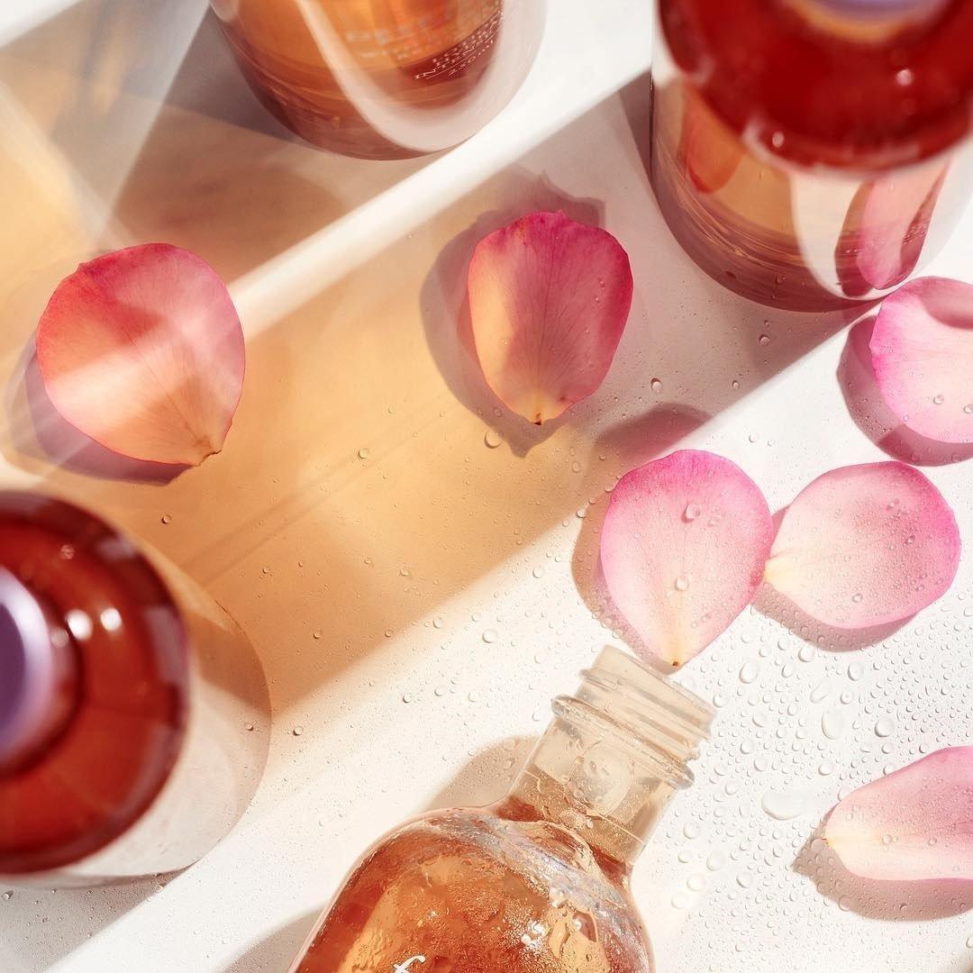 Phân biệt các loại nước hoa hồng