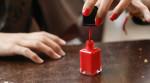 Cách chọn sơn móng tay chuẩn không cần chỉnh