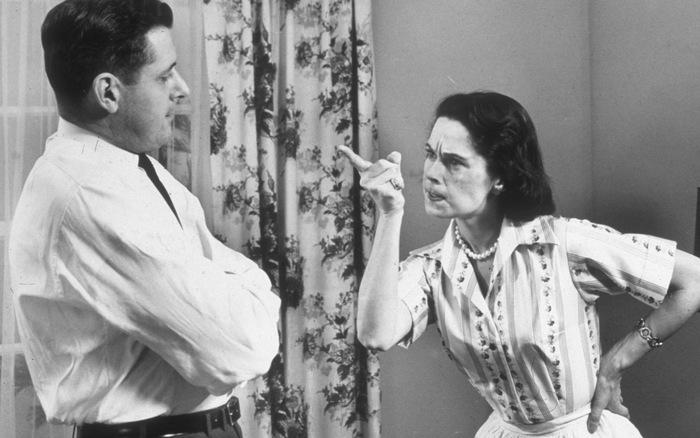 """Khoa học đã chứng minh: """"Phụ nữ càng dễ nổi nóng càng quan tâm đến chồng con"""", các anh hay giữ cho thật chắc nhé!"""