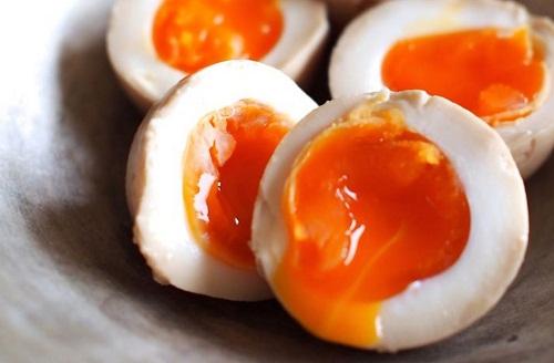 4 sai lầm khi ăn trứng gà bạn tuyệt đối không được mắc phải