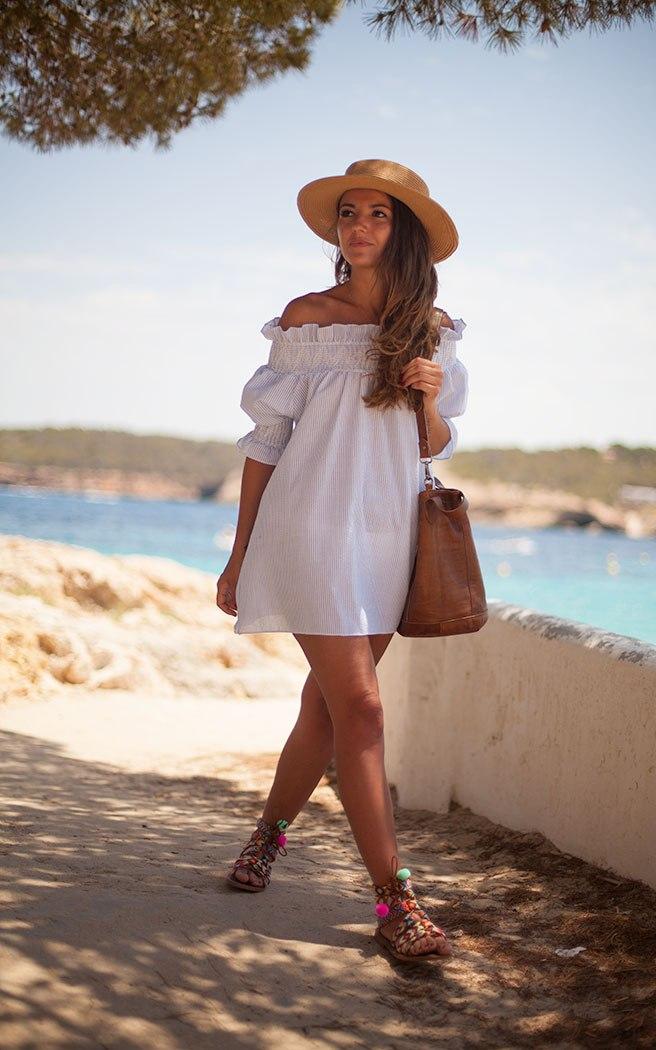 Những chiếc váy thời trang phái đẹp cần phải có khi đi du lịch hè