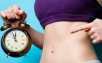 Các nhà khoa học mách bạn 2 mẹo giảm cân chỉ bằng cách ăn ít đi mà không phải kiêng khem bất kì món gì