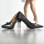 Lựa giày cao gót theo cách chuyên gia