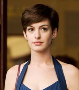 Những kiểu tóc làm nên thương hiệu mỹ nhân Anne Hathaway