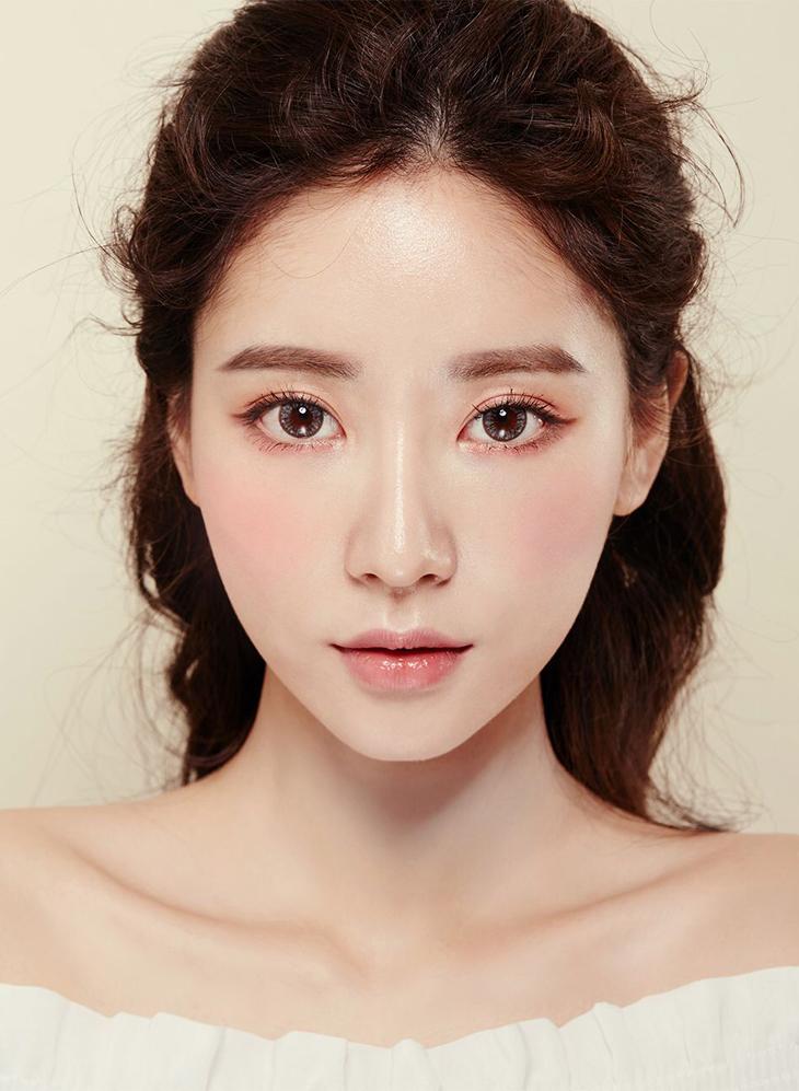 Học cách trang điểm tự nhiên kiểu Hàn Quốc như các Idol