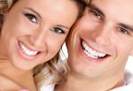 Làm răng sứ chi cho tốn kém, muốn răng trắng sáng thì hãy áp dụng bí quyết này