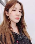 """Bí quyết """"không tuổi"""" của Dara khi đã 40"""
