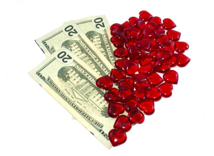 5 dấu hiệu báo hiệu bạn sắp gặp may về tình, tiền