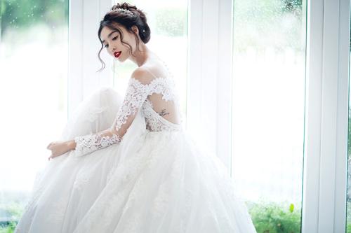 """Váy Cưới Cho Cô Dâu: Hợp Dáng - Hợp Da, Không Chọn """"Bừa"""" Mới Đẹp"""