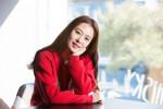 Phong cách thời trang U50 thanh lịch của diễn viên Kim Hyun Joo