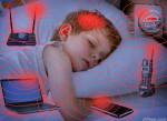 Hàng triệu cha mẹ Việt hoảng sợ vì lâu nay đã cho con ở trong phòng gắn Wi-fi
