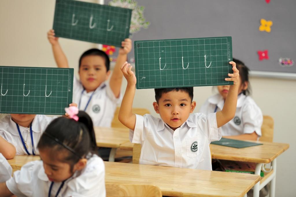 Gợi ý từ A-Z các việc cha mẹ cần chuẩn bị cho con vào lớp 1