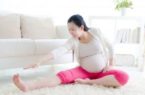 """TOP 5 bài tập yoga cho bà bầu """"đánh bay"""" mọi rắc rối thai kì"""