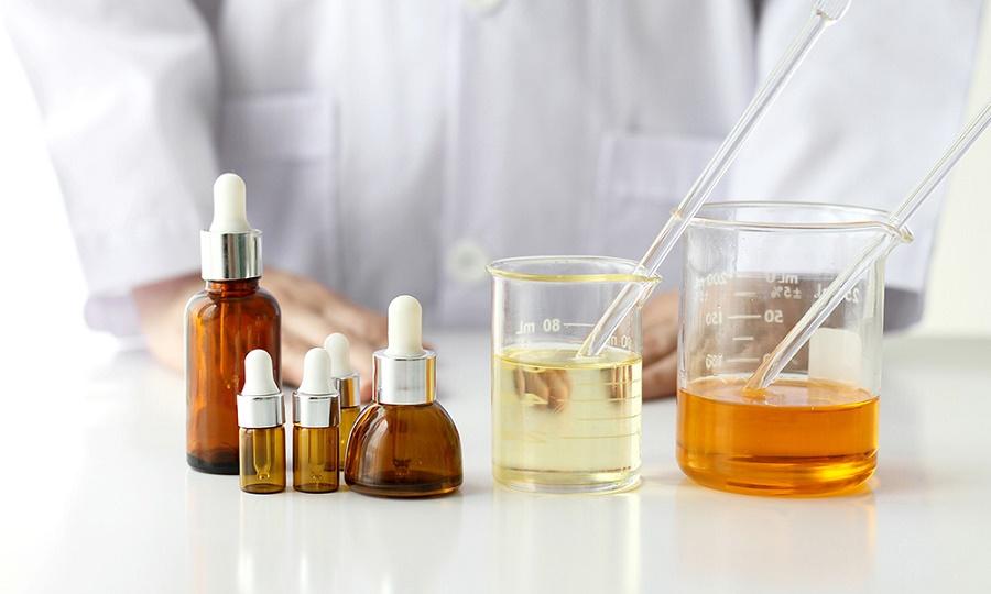 7 lợi ích khi dùng DƯỢ.C MỸ PHẨM để dưỡng trắng da và bộ 3 quyền năng dưỡng trắng không ăn nắng phát sốt
