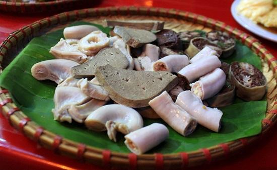 """Chuyên gia cảnh báo 5 bộ phận của lợn """"cấm"""" ăn dễ ngộ độc hoại tử, số 5 các mẹ hay ép con ăn"""
