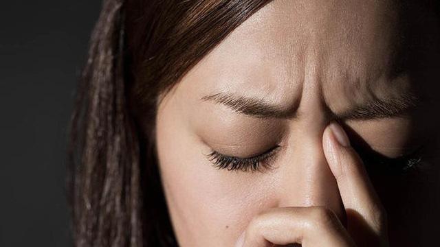 6 dấu hiệu cảnh báo bạn đang có nguy cơ có một khối u trong não