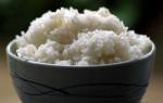 4 mẹo giữ cơm ăn thừa không bị ôi thiu, đừng đổ bỏ mà 'phải tội'