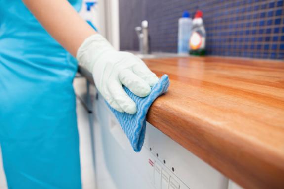 Tự Làm Chất Tẩy Rửa Với Các Nguyên Liệu Có Sẵn Trong Bếp