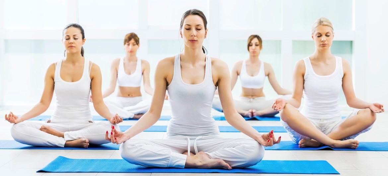 12 Động Tác Yoga Đáng Luyện Mỗi Ngày