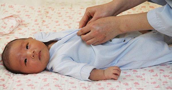 4 ấm 1 lạnh: Quy tắc giữ ấm giúp trẻ khỏe mạnh suốt mùa lạnh, các mẹ đã biết chưa?