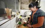 Ăn uống đầy đủ, nấu ở nhà sạch sẽ nhưng vẫn bị UNG THƯ DẠ DÀY chỉ vì thói quen mà rất nhiều người mắc phải