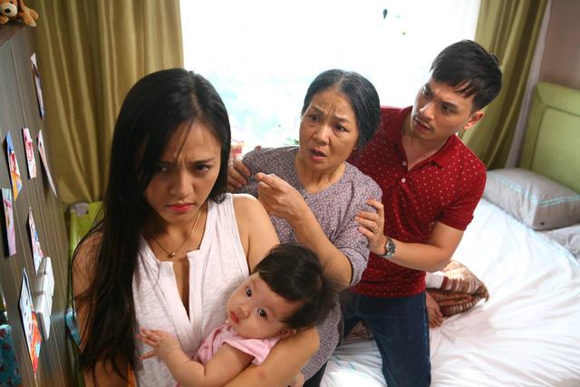 Sống chung với mẹ chồng sau sinh còn khốn khổ hơn phim gấp 10 lần