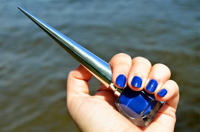 Những màu nail đẹp bạn nên thử để xua tan sự ảm đạm, lạnh lẽo của ngày đông lạnh giá